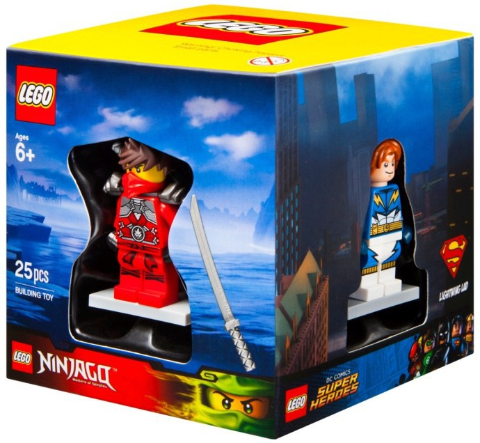 Target 2015 Minifigure Gift Box Cube Now Available